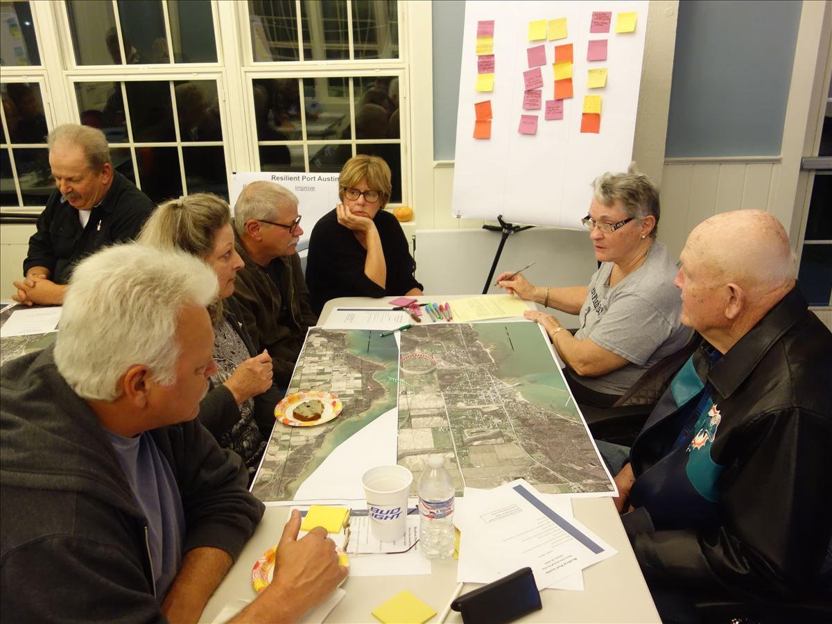 residents discuss Port Austin's future